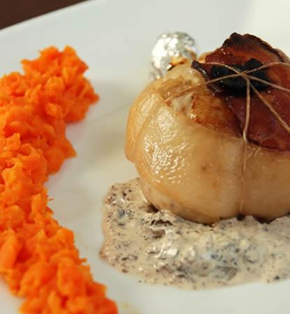 Cuisse de pintade farcie aux champignons et au foie gras - Comment cuisiner des cuisses de pintade ...